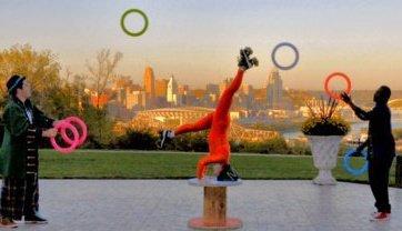 juggling, Cincinnati, Devou Park, roller skates, headstand