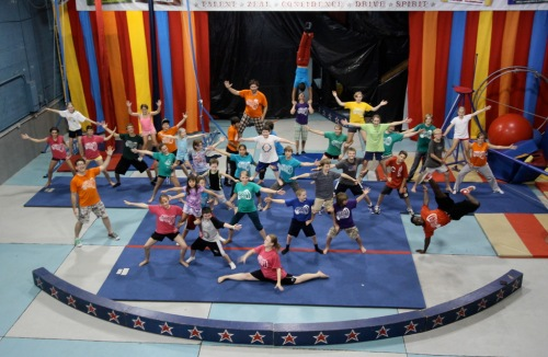 circus arts in Cincinnati, youth circus, Macy's Arts Sampler, Artswave